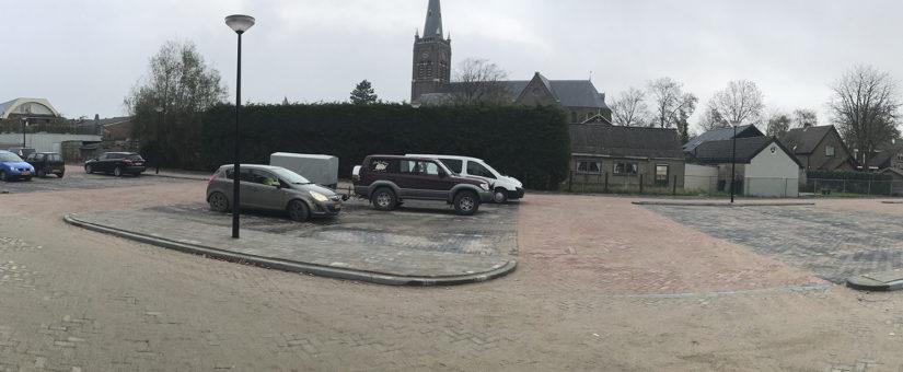 Deen supermarkt Obdam blij met nieuw parkeerterrein